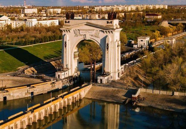 Гидроприводы гидротехнических затворов